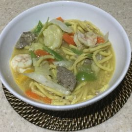 Lomi noodles with vegetables and meat - MMK